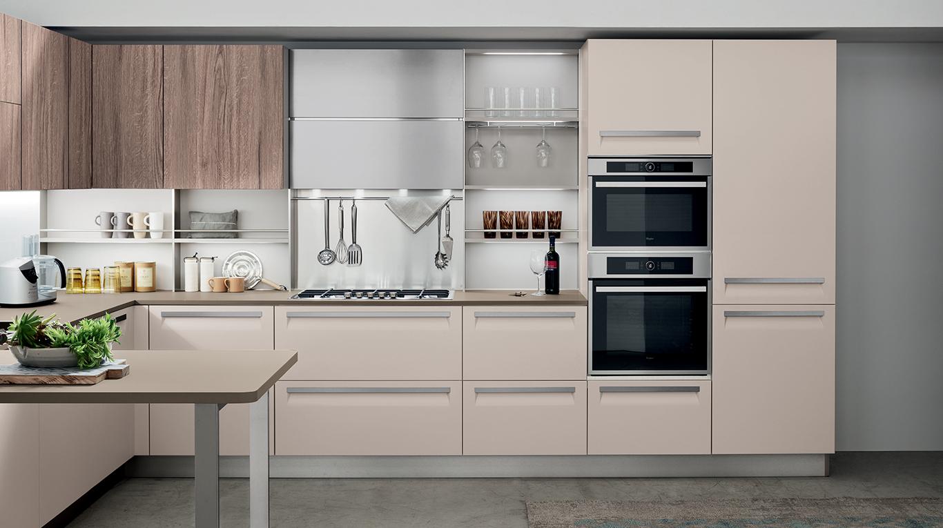veneta cucine vous pr sente carrera f1 veneta cucine france. Black Bedroom Furniture Sets. Home Design Ideas
