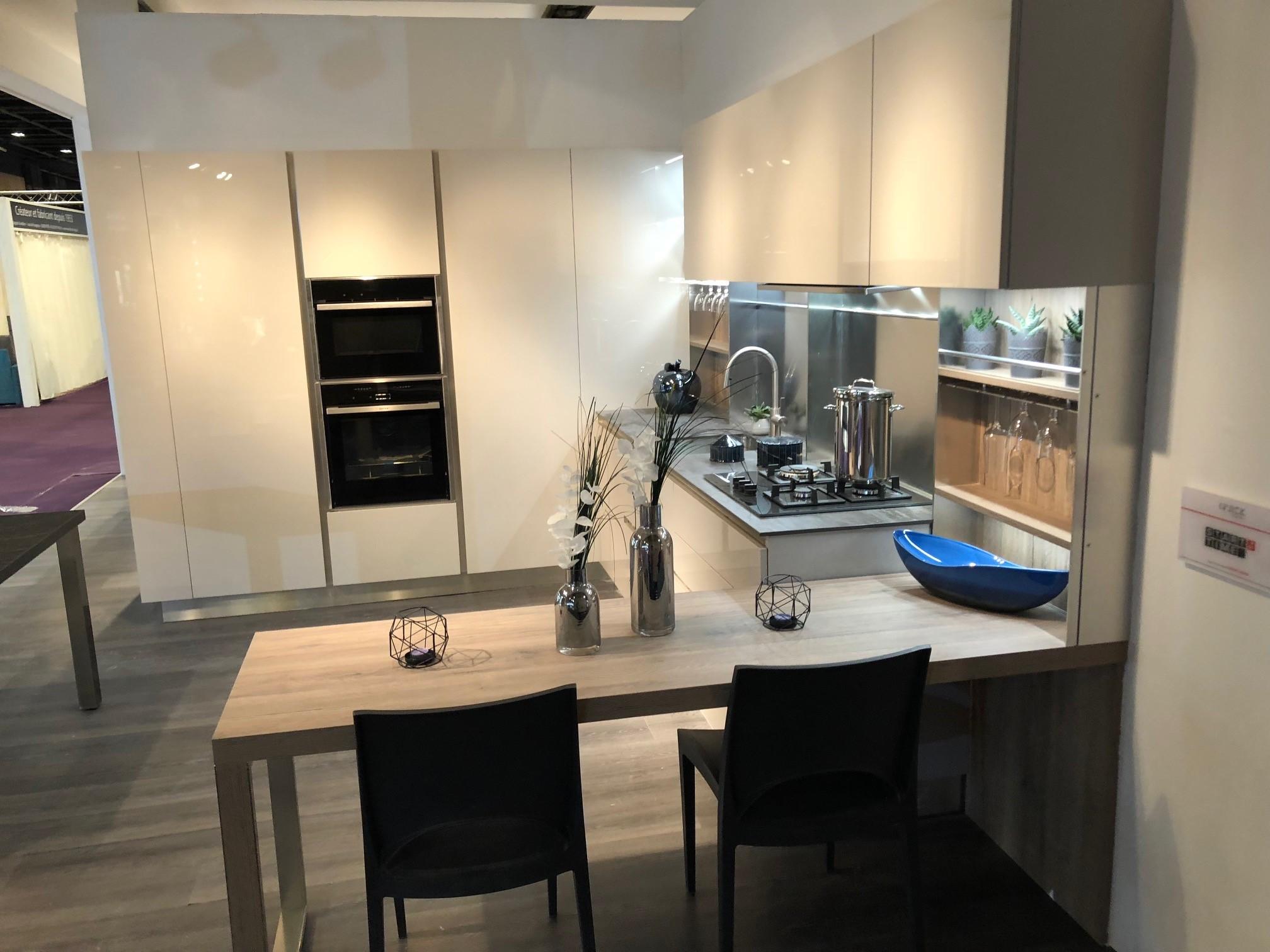 foire de paris hors s rie maison 2018 veneta cucine paris 12 me arrondissement. Black Bedroom Furniture Sets. Home Design Ideas